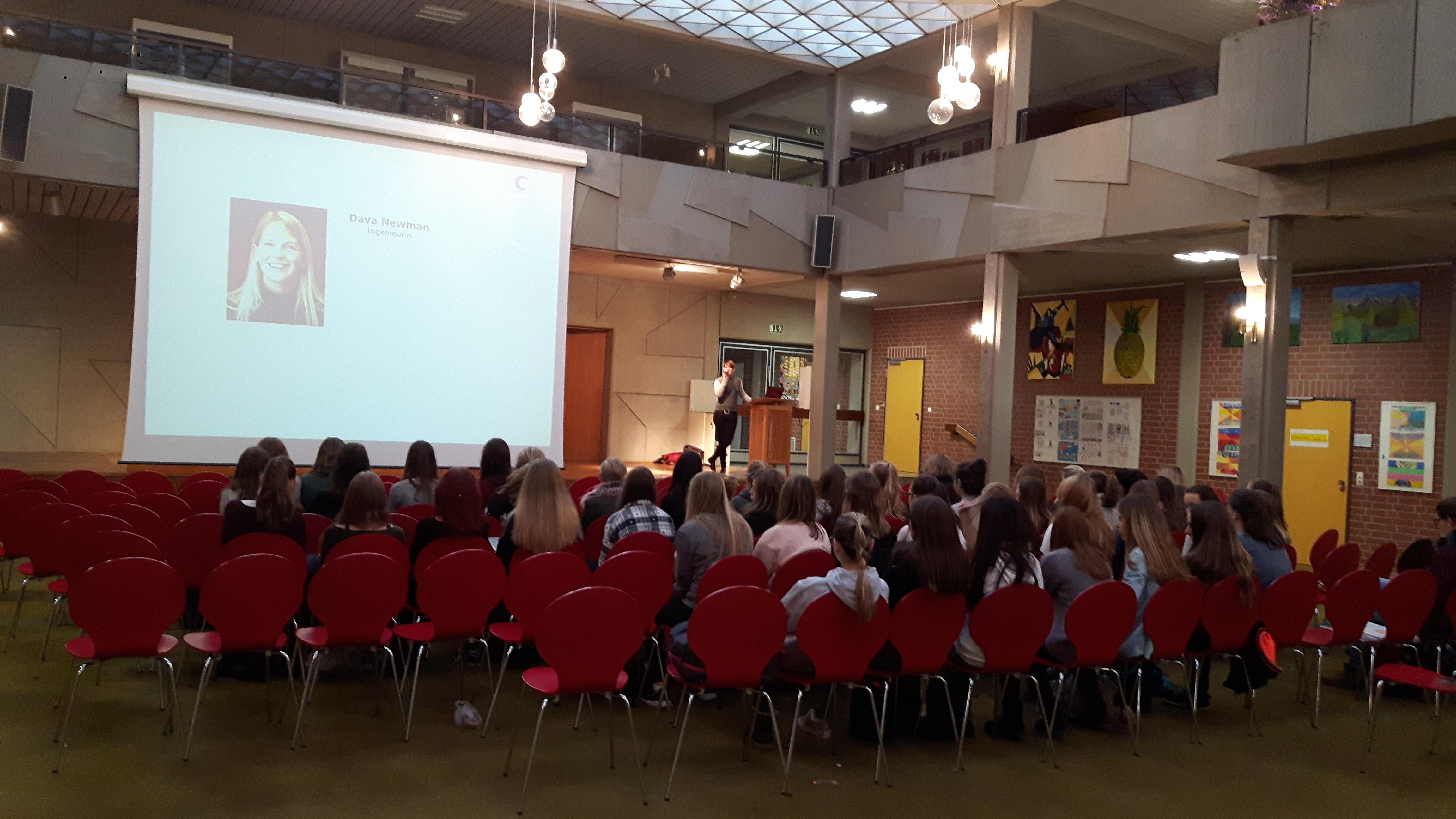 Bild der Veranstaltung in der Aula