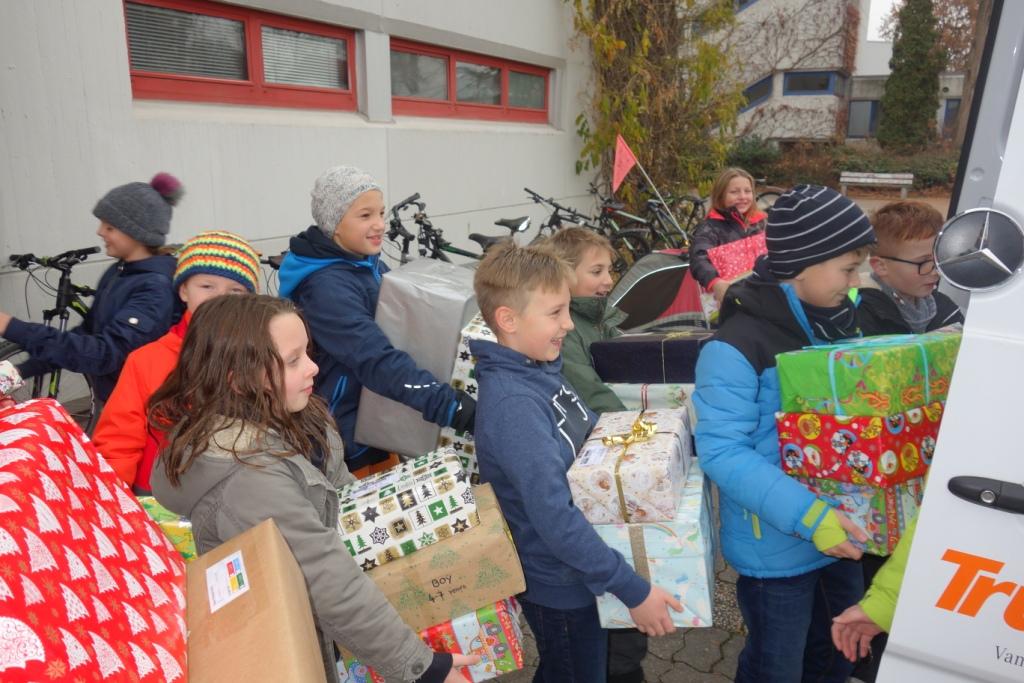 Blog - 201819 WeihnachtspäckchenAktion Bild 3