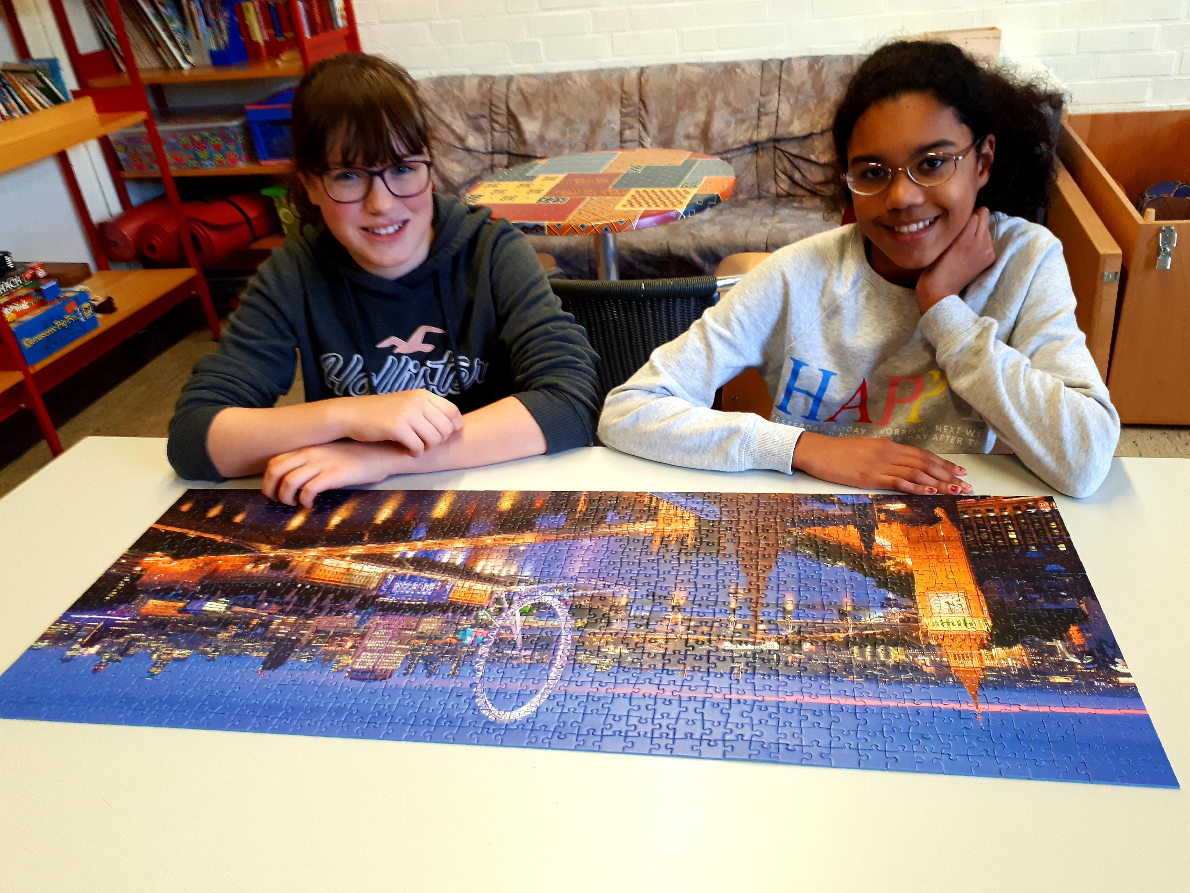 London calling: 1000er-Puzzle unserer Mädels aus der 6. Klasse