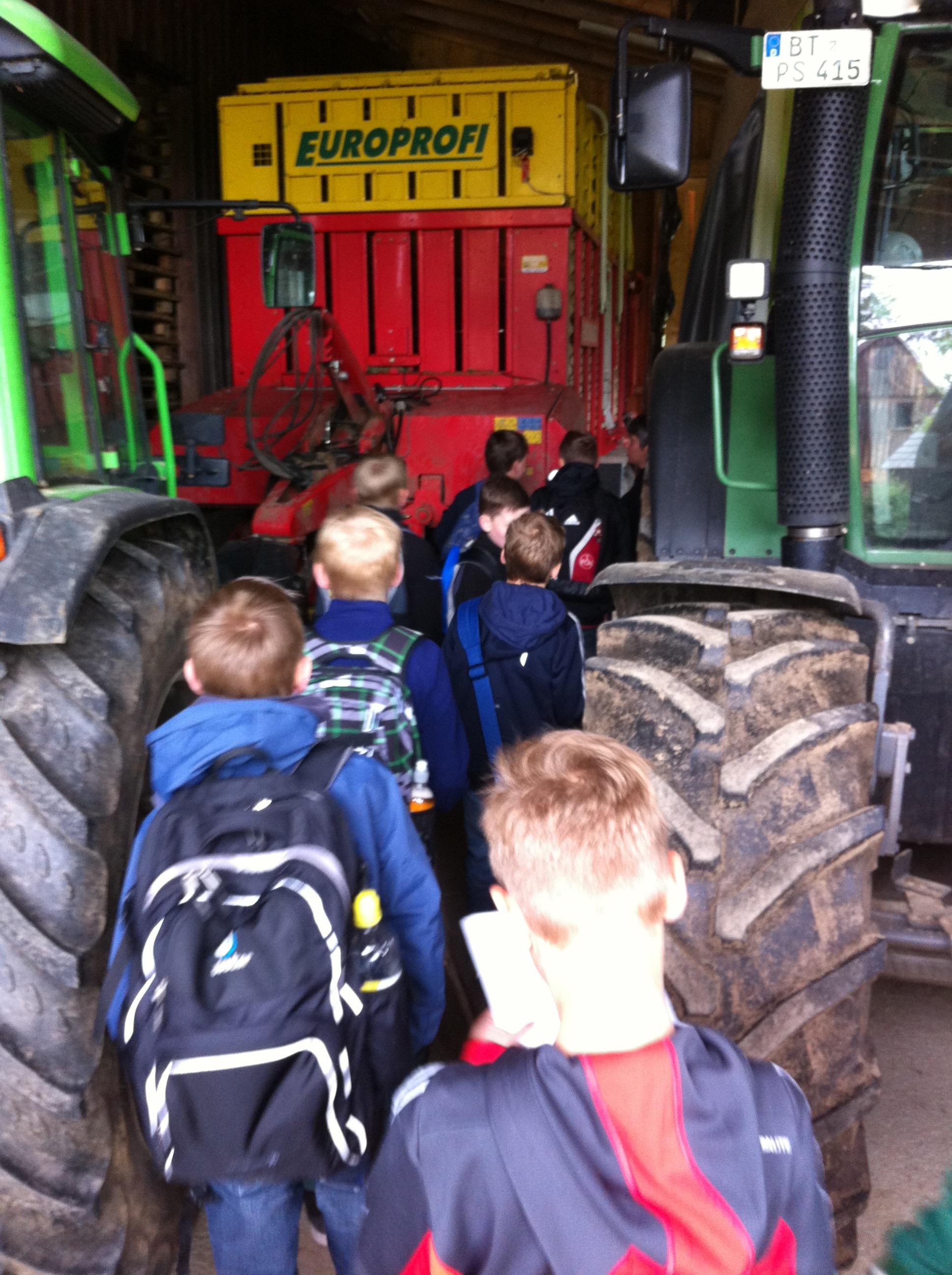 Unterrichtsfächer - Geographie Bauernhof Exkursion (hoch) Bild 5